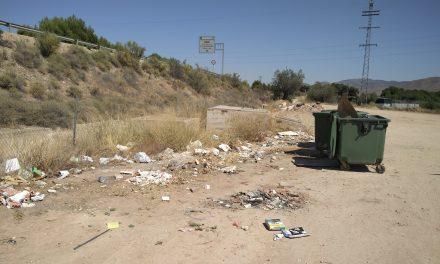 Zona Insalubre en contenedores en camino de Pueblo Nuevo