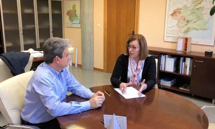 La Portavoz del Grupo Municipal del PP, Alicia Abellán, mantuvo el pasado jueves  una reunión con el director general de carreteras, Fernández LLadó
